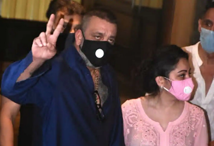 Update on Sanjay Dutt's treatment of Cancer
